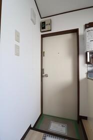 美岡ハイツ 201号室