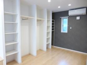 https://image.rentersnet.jp/f34744427917df69cc15b306766a69a5_property_picture_956_large.jpg_cap_居室