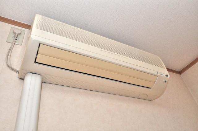 ジャルディーノ弐番館 最初からエアコンが付いているなんてお得ですね