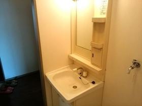 https://image.rentersnet.jp/f366bbc6-6484-4d2d-84cc-4caa276ac159_property_picture_9494_large.jpg_cap_洗面所