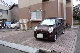 https://image.rentersnet.jp/f39645df-b37f-44d8-8442-ff59c344c030_property_picture_1992_large.jpg_cap_駐車場