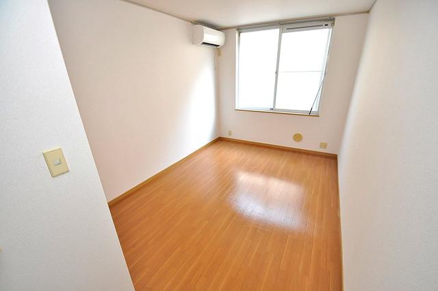 エステートピアナカタB棟 内装は落ち着いた色合いで、くつろげる空間になりそうですね。