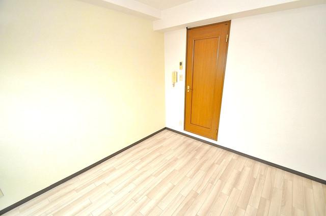 イマザキマンションエヌワン 明るいお部屋は風通しも良く、心地よい気分になります。