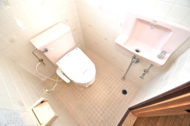 アドバンス渋川 ペントハウス 清潔感のある爽やかなトイレ。誰もがリラックスできる空間です。
