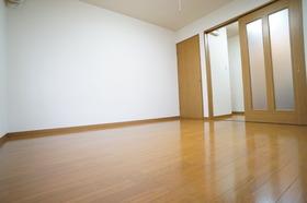https://image.rentersnet.jp/f52f282a-870a-4c5e-9ada-803fbd876397_property_picture_956_large.jpg_cap_居室