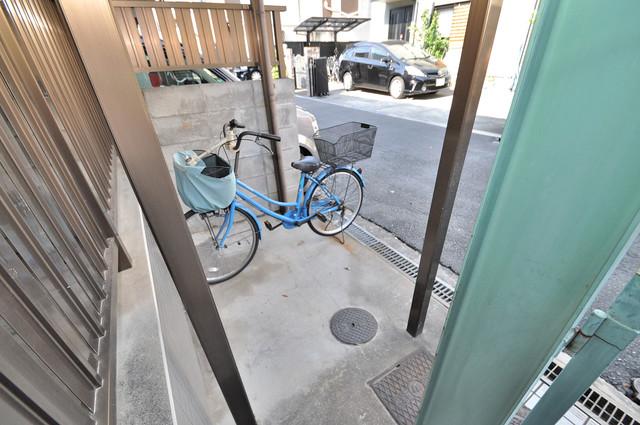 ハイツシャイニングN あなたの大事な自転車も安心してとめることができますね。