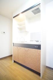 https://image.rentersnet.jp/f5697ad9-c2da-493a-a648-3d7cef46c64e_property_picture_2987_large.jpg_cap_キッチン
