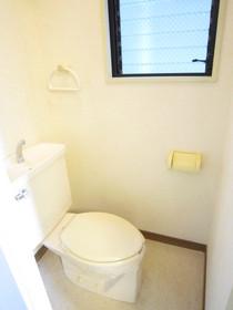 トイレ窓あり