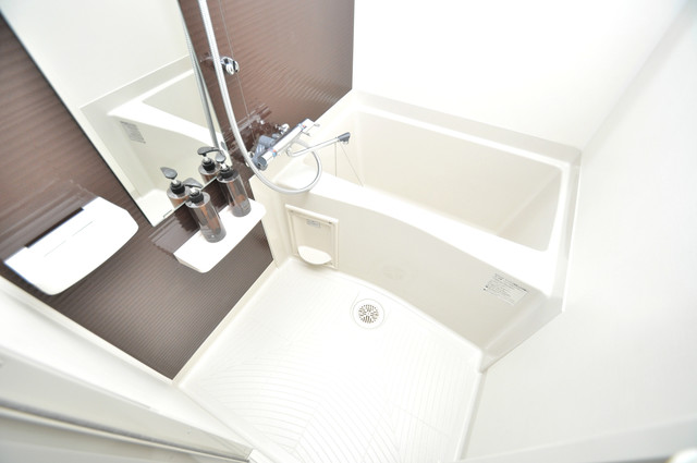 Luxe布施駅前 ちょうどいいサイズのお風呂です。お掃除も楽にできますよ。
