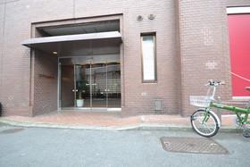 乃木坂駅 徒歩1分エントランス