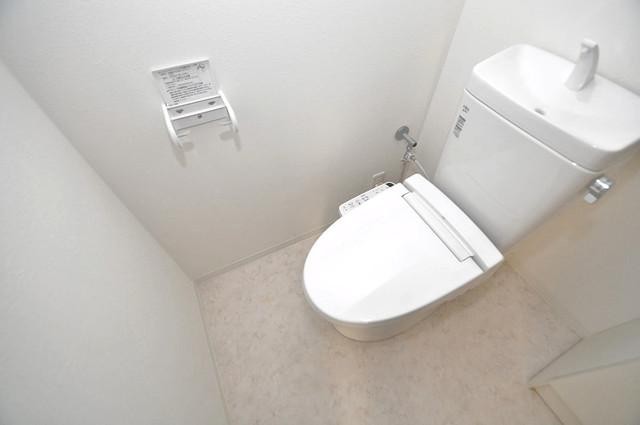 CLASSY舎利寺 清潔感たっぷりのトイレです。入るとホッとする、そんな空間。