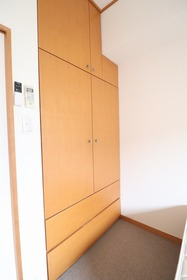 https://image.rentersnet.jp/f63e73fd-88a0-41f7-aac7-13cf0078f550_property_picture_1992_large.jpg_cap_設備