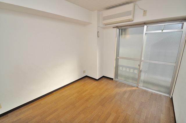 八千代ハイツ 解放感があるオシャレなお部屋です。