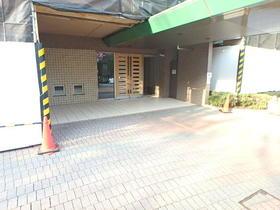 南大沢駅 徒歩8分エントランス