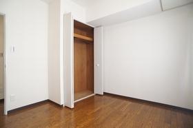 エバーグリーンコート 312号室