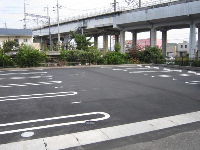 サンハイム爪崎駐車場