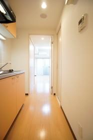 https://image.rentersnet.jp/f749b2d3-746b-4720-afcb-850a8a64cddc_property_picture_961_large.jpg_cap_居室