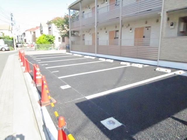ミランダプレジールM駐車場