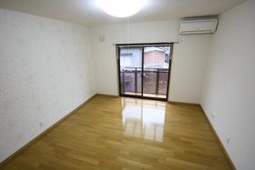 https://image.rentersnet.jp/f7779cb3-912d-4ca0-8177-5f12efa1c7c6_property_picture_2988_large.jpg_cap_居室