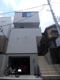 恵比寿南戸建駐車場