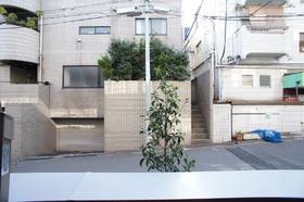 Ami Court 101号室