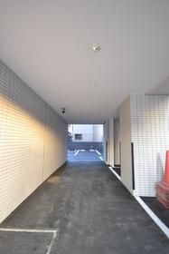 木場駅 徒歩8分エントランス