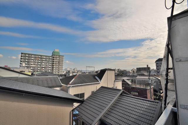 中村マンション やっぱり最上階からの眺めはいいです。陽当り、風通し共に良好。