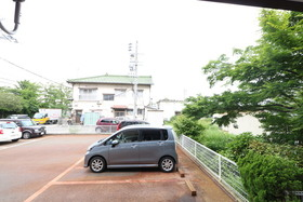 https://image.rentersnet.jp/f80e096f-d3e6-49d7-affc-1c6c454174d4_property_picture_957_large.jpg_cap_駐車場