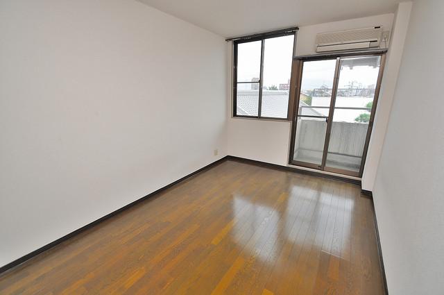 東大阪市上小阪4丁目の賃貸マンション 落ち着いた雰囲気のこのお部屋でゆっくりお休みください。