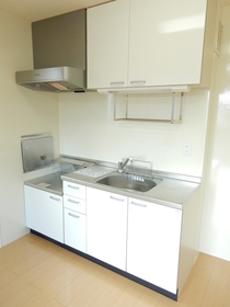 https://image.rentersnet.jp/f890ce8a-3f27-4d19-b680-9d1f9a6ee200_property_picture_953_large.jpg_cap_キッチン
