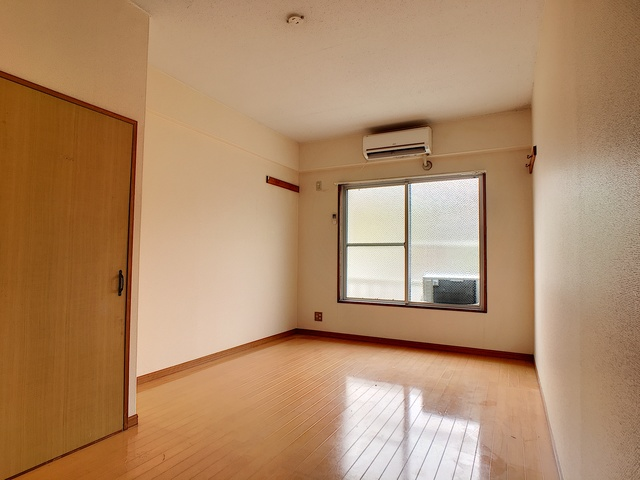 https://image.rentersnet.jp/f8a479a6-18ec-46a4-9819-9e8331bddf6d_property_picture_3193_large.jpg