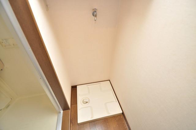 グランドール永和 室内に洗濯機置き場があれば雨の日でも安心ですね。