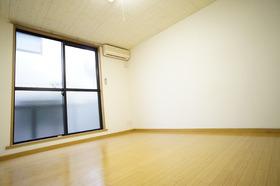 https://image.rentersnet.jp/f8f96ff5-7b11-4e78-9b61-86430f561415_property_picture_956_large.jpg_cap_居室