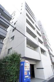 https://image.rentersnet.jp/f94389f8-9b18-4c5c-b809-5182d7b43759_property_picture_961_large.jpg_cap_外観