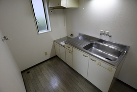 https://image.rentersnet.jp/f94739c8-23a6-4eab-8173-4289c3fdad49_property_picture_955_large.jpg_cap_キッチン