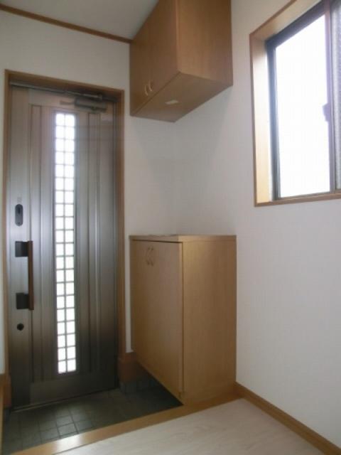 滝頭戸建6号棟玄関