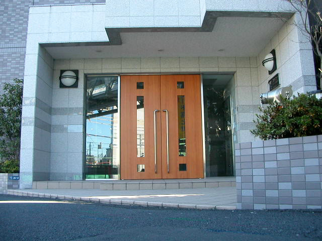 スカイコートヌーベル新宿落合エントランス