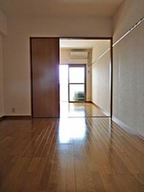 リファレンス箱崎 : 13階居室