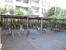 スカイコート神楽坂壱番館駐車場