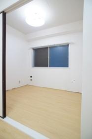 パールハイム 101号室