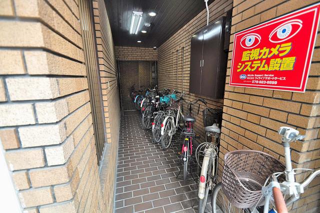 19番館 広い駐輪スペースは、置き場を探すこともなくなりますね。