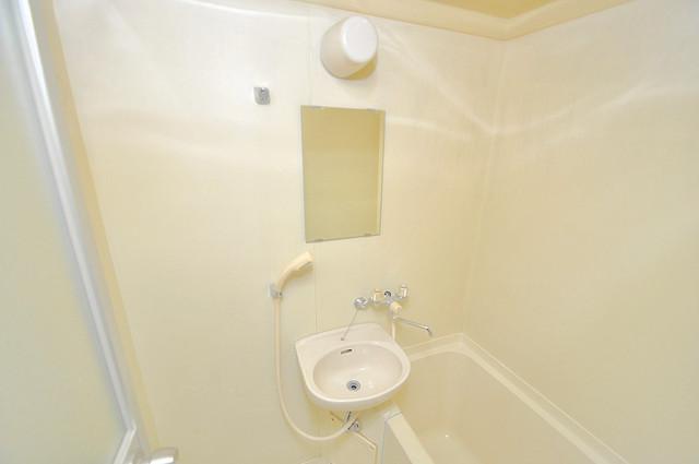 ダイヤモンドメゾン高井田 可愛いいサイズの洗面台ですが、機能性はすごいんですよ。