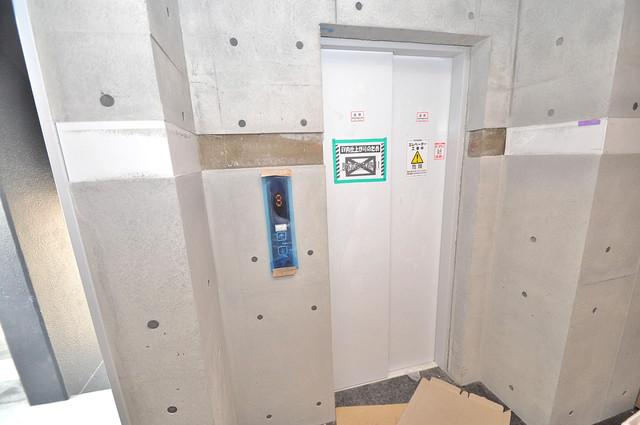 Amabile小路 嬉しい事にエレベーターがあります。重い荷物を持っていても安心