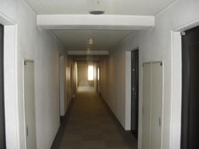 湯島アパートメントハウスエントランス