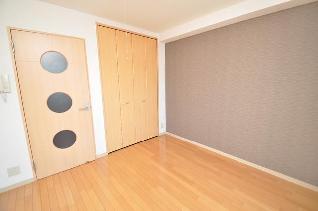 Celeb布施東 シンプルな単身さん向きのマンションです。