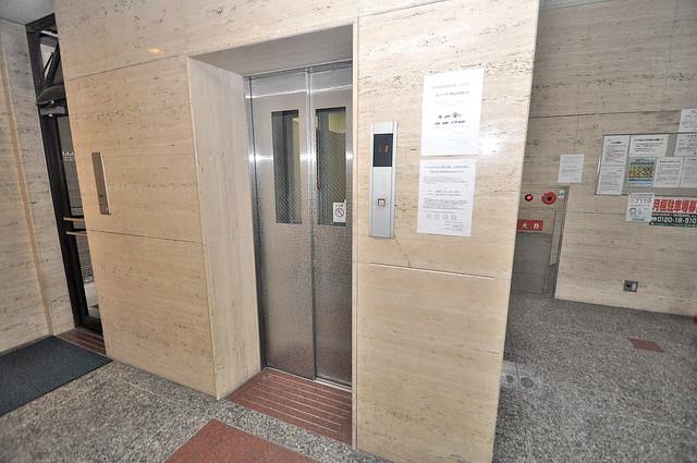 HACHIBUSE東大阪 嬉しい事にエレベーターがあります。重い荷物を持っていても安心