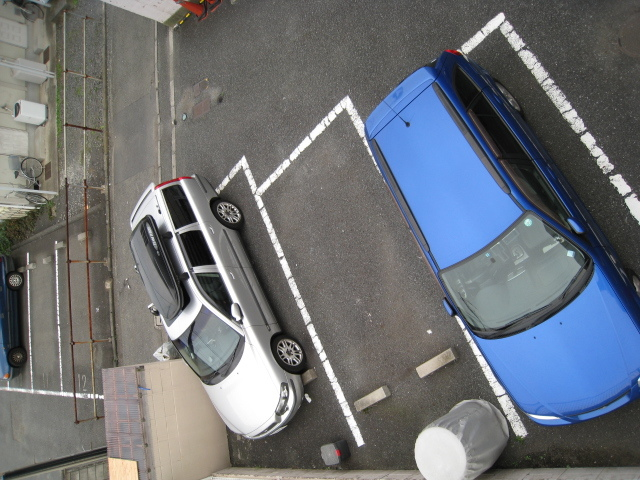 スカイコート綱島3駐車場
