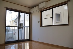 https://image.rentersnet.jp/fae34b21-012b-4b8e-9b72-bd93bed5c99c_property_picture_2419_large.jpg_cap_居室