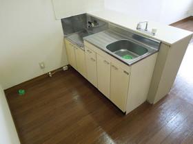 https://image.rentersnet.jp/fae4efb0-5c78-4adb-bda5-0270b2d41823_property_picture_955_large.jpg_cap_キッチン