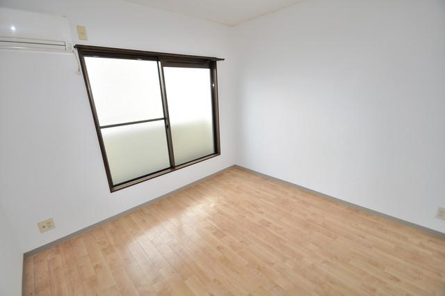 レスポワール シンプルな単身さん向きのマンションです。